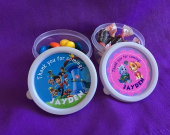 10 Personalized Paw Patrol Candy containers / candy cups with lids / party favors