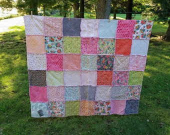 Beautiful Handmade Throw Rag Quilt, Moda Fresh Cut, Shabby Chic * READY TO SHIP*