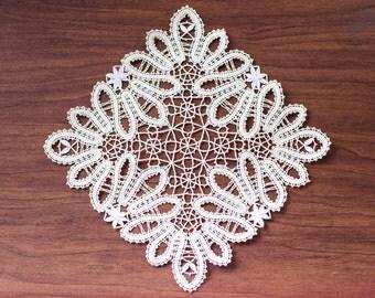 Bobbin doily C-2 Rusiian bobbin lace handmade