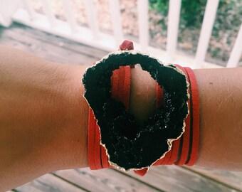Black x Red Wrap