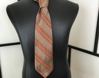 Mens Vintage Necktie, Mens Tie, Mens Fashion Accessory, Wembley,  Tan Necktie, Retro Mens Tie
