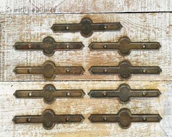 Back Plate 9 Vintage Brass Drawer Pull Backplate Accent Hardware for Handles Restoration Hardware Antique Hardware Hollywood Regency