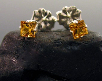 Tiny earrings stud, citrine earrings, citrine stud earrings, citrine studs, tiny stud earrings 3x3 mm