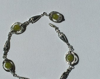 Green gemstone anklet