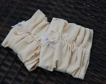 Cream stretch jersey boot cuffs with lace and flowers;bootcuffs;bootcuffs with flowers