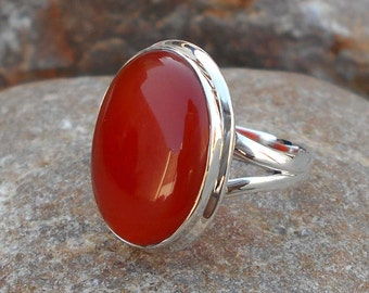 Carnelian Ring - Orange Ring- Carnelian oval Ring - Gemstone Ring - Cabochon Ring - Solid silver Ring - Stone Ring - Silver Carnelian Ring