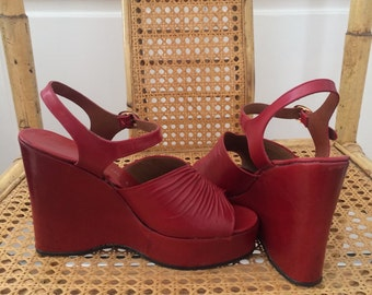 Vintage 70s Red Platforms Size 6.5/7