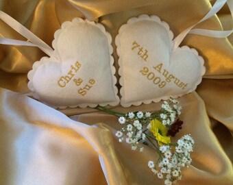Set of 2 bride & groom hearts