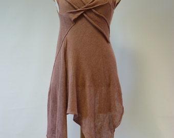 Cedar colour linen tunic, L size. Handmade, delicate and feminine.
