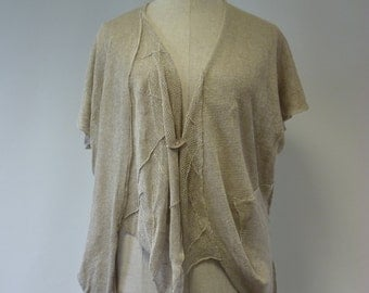 Sale, new price 58 Euro, original price 65. Irregular boho natural linen vest, M/L size. Handmade, delicate and feminine.
