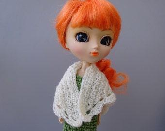 Shawl crochet for Pullip, Tangkou and Blythe dolls