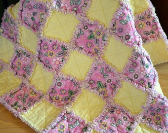 Bright Baby Girl Rag Quilt, Pink and Yellow, Flowers, Ready to Ship