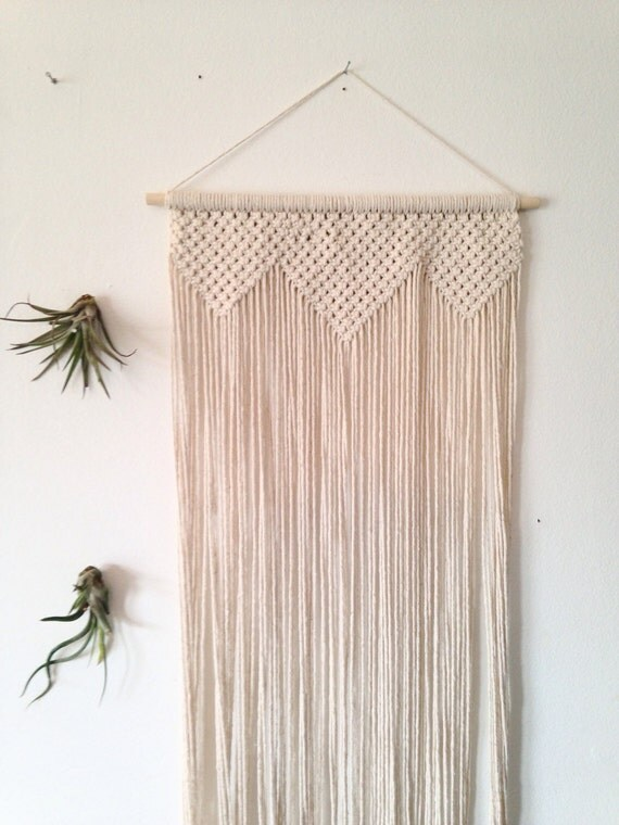 Macrame wall hanging chunky geometric triangle shapes long for Wall hanging images