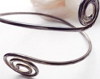 Silver  Armlet, Silver Arm Cuff. Viking Arm Bracelet, Vintage Arm  Bracelet, Silvertone Cuff Bracelet,Spiral  Arm Bracelet
