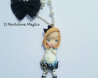 Necklace necklace Alice in Wonderland
