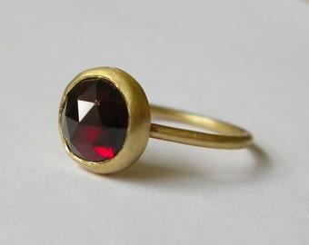 Handmade 9ct Yellow Gold Rose Cut Garnet Ring