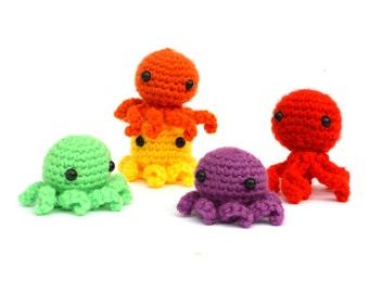 Amigurumi Mini Octopus / Amigurumi Crochet Bear Plushie Crochet Doll Plush Stuffed Toy Stuffed Animal Teddybear Keychain Holiday Gift Idea