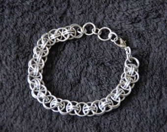 Chainmaille bracelet 'Helm chain'