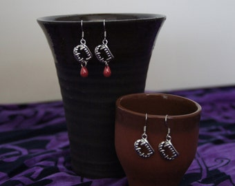 Vampire fangs earrings with blood drop (vamp, halloween, goth, true blood)