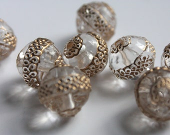 13mm round acrylic beads. clear plastic beads with gold patterns. clear and gold beads. wholesale beads. FREE UK P+P