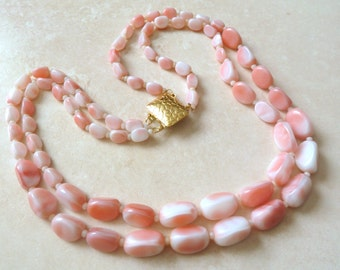 Vintage Marbled Pink Glass Double Stranded Necklace. Circa 1960's.