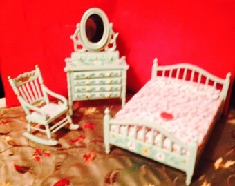 Dainty Mini Bedroom Set Almond Green - Hand Painted