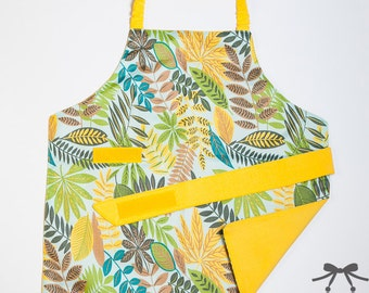 Children apron, Montessori apron, Kids apron, Water resistant apron, Fits 1.5 - 5 years, Autumn leaves + yellow cotton lining