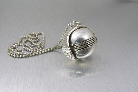 sterling photo locket pendant necklace ball locket sphere. Black Bedroom Furniture Sets. Home Design Ideas