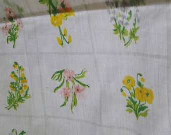 Utica double sized flat sheet cream with pastel spring flowers