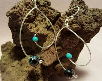Turquoise and glass bead wire earrings