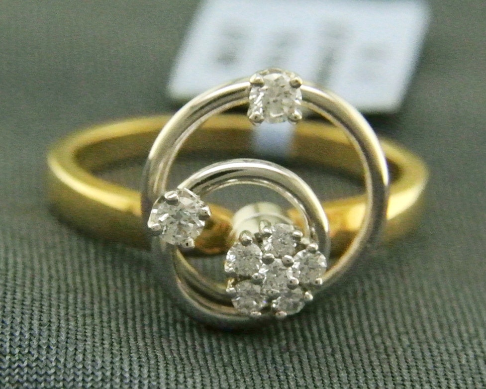 Two Tone Yellow And White Gold Motion Ring With Spinning