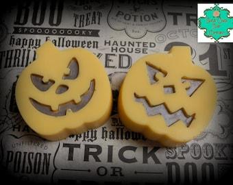 Jack-o-lantern Soap Bar - Pumpkin Pie Scented - Halloween Soap, Pumpkin Soap, Fall Soap, Craved Pumpkin Soap