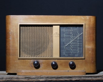 Bluetooth radio A.BSOLUMENT from 1949 (0026)