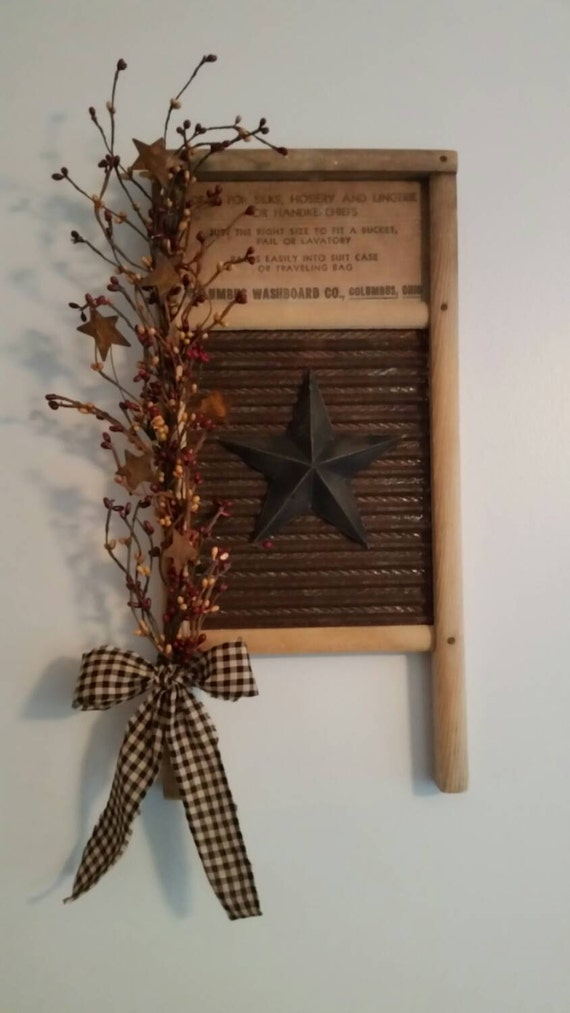 Small rustic primitive vintage washboard decor for Vintage rustic christmas decorations