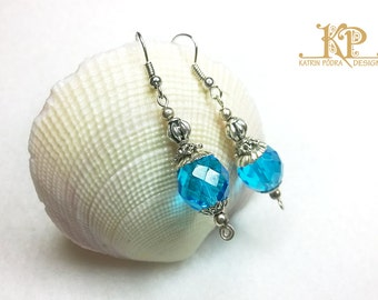 Vintage Style Earrings | Fire polished glass | Silver and blue | Nickel free earrings | Unique jewelry