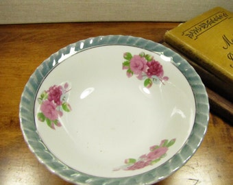 Green Lusterware Rim Small Serving Bowl - Pink Flowers