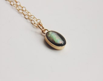 Black mother of pearl gemstone small oval pendant 14k gold filled fine chain necklace