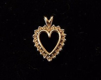 14k yellow gold heart pendant DC5035