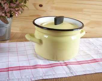 Yellow enamel stewpot with 2 handles and its lid | Made in France vintage 1960