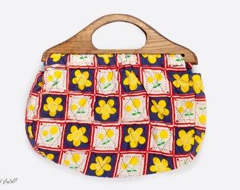 Vintage Knitting Bag | Quilted Tote Bag | Wooden Handle | 1970s Bag | Market Bag | Vintage Sewing Bag | Flower Pattern