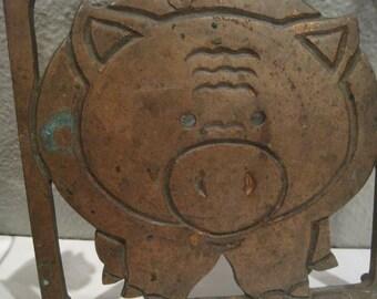 RARE Mid Century Cast Iron Pig Trivet-Cast Copper Look Pig Plate Trivet/Wall Kitchen Decor-Cottage Chic or Rustic Farmhouse Pig Trivet Decor