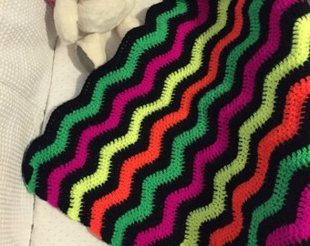 Baby Ripple Blanket, black and neon