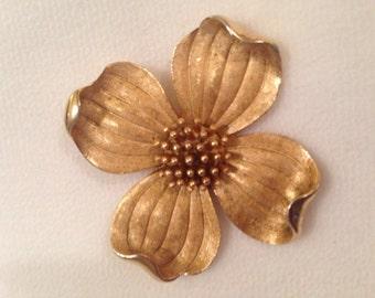 1950's Crown Trifari gold toned Dogwood Flower Brooch