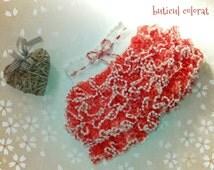 Ruffle skirt, crochet skirt, baby ruffle skirt, girl ruffle skirt, sashay yarn, crochet tutu, samba skirt, pom pom effect yarn, white, red