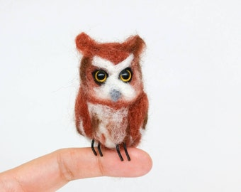 Miniature Screech Owl, needle felted sculpture, felt owl, tiny owl, baby owl, cute owl, miniature realistic owl, wool owl, red owl