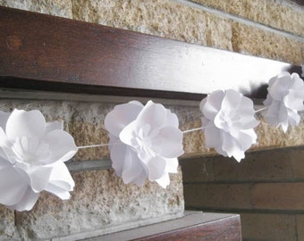 Paper Roses Garland, White Paper Flowers Garland, Summer Party Decor, Wedding Garland, Wedding Ceremony, Romantic Flower Wedding Garland