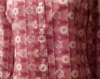 Patterned long sleeve blouse