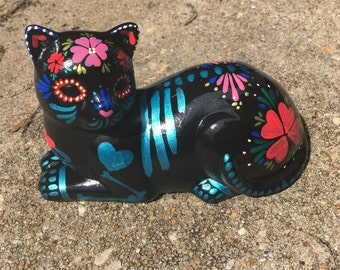 Day of the Dead - Painted sugar skull - cat sculpture - custom made - Dia de los Muertos - hand painted - calavera - Halloween decor