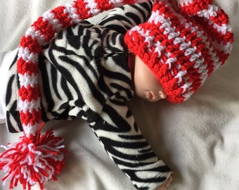Red and white elf hat 0-3 months