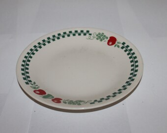 Vintage Corelle by Corning Ware, Small Plate 6.75 Inches in Diameter, Country Theme, Add to Your Collection,  Could be Used For Holidays
